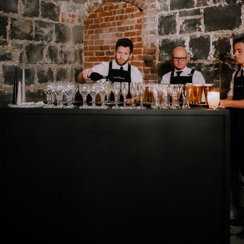 Bar Unit; Black